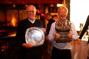 Begeisterte Gewinner: Die OUTSiDER wird als erstes Schiff in Kiel und schnellstes Schiff über alle Klassen geehrt.